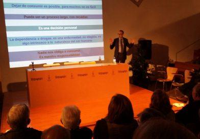 Dr. García Basterrechea aclara el mundo de las adicciones